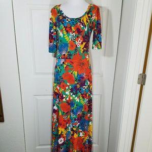 988330fa397 LuLaRoe Dresses - LulaRoe Maxi Dress